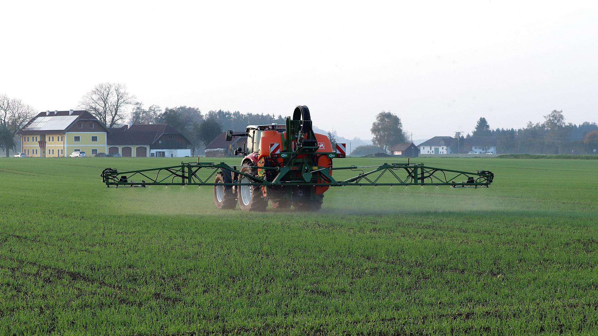 RS: Podsticaji za nabavku novih mašina i opreme za unapređenje primarne biljne proizvodnje (pravilnik)